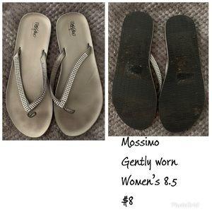 Mossimo silver flip flops